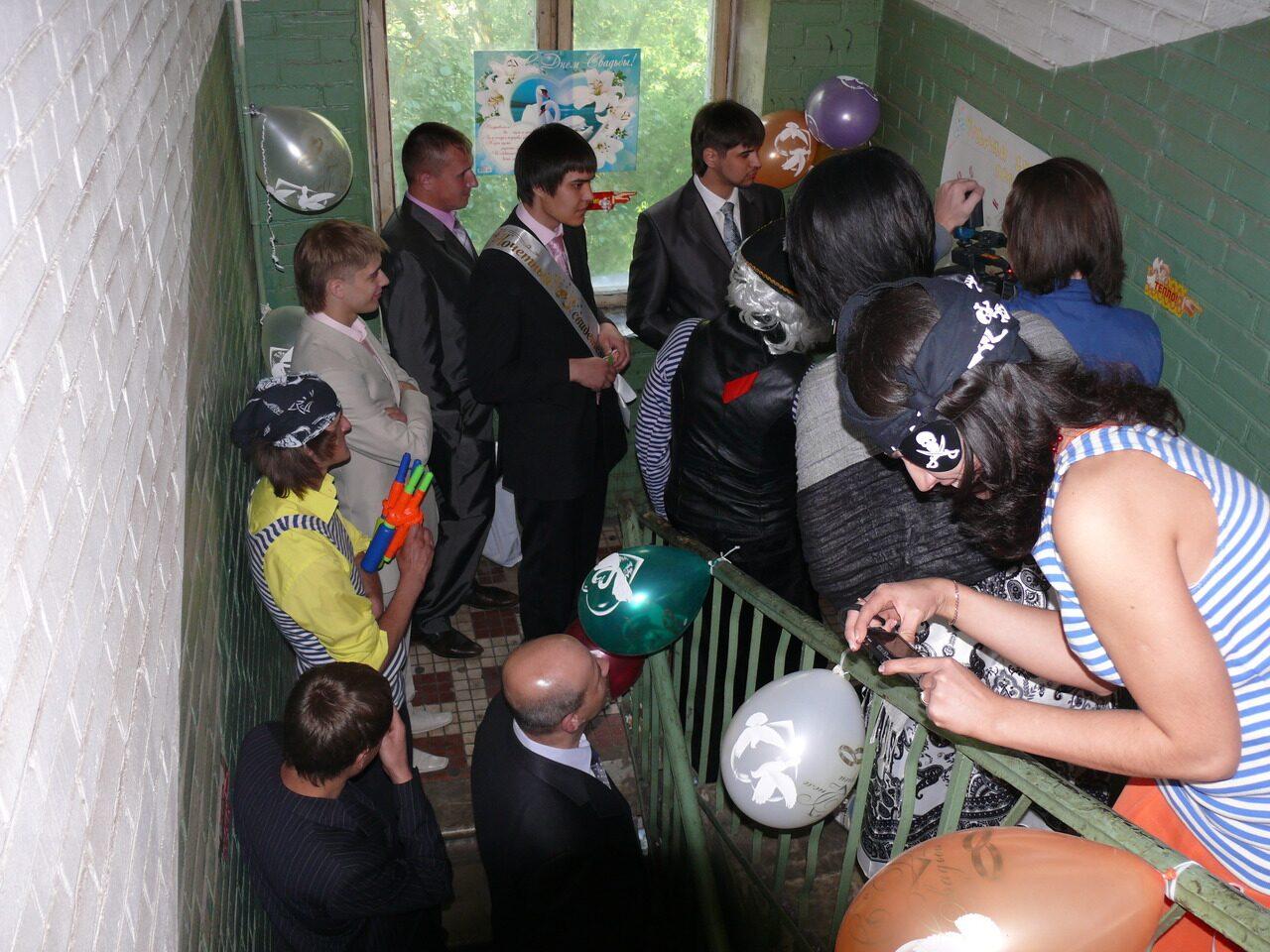 Украшение подъезда на свадьбу, фото видео 17